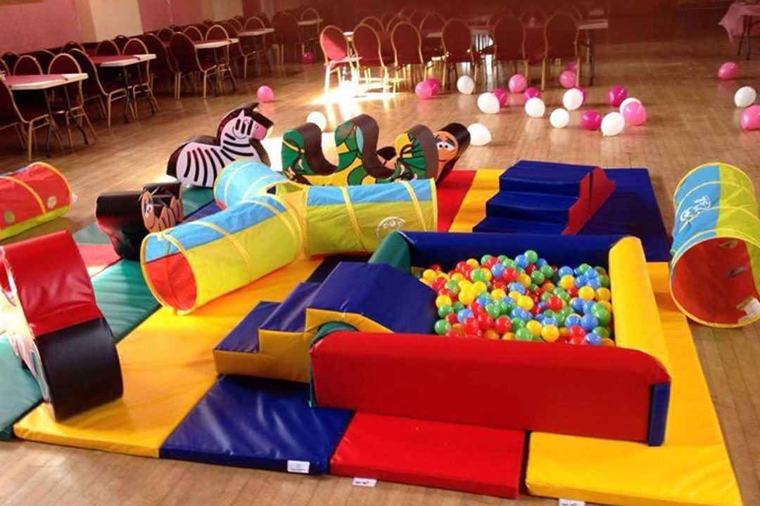 Indoor playground business indoor play ground manufacturers arcade games ropes course climbing series trampoline activity areas art and craft area do it yourself activities etc parents may be encouraged to solutioingenieria Image collections